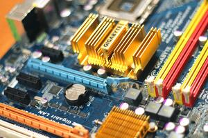 personal-computer-motherboard-4316
