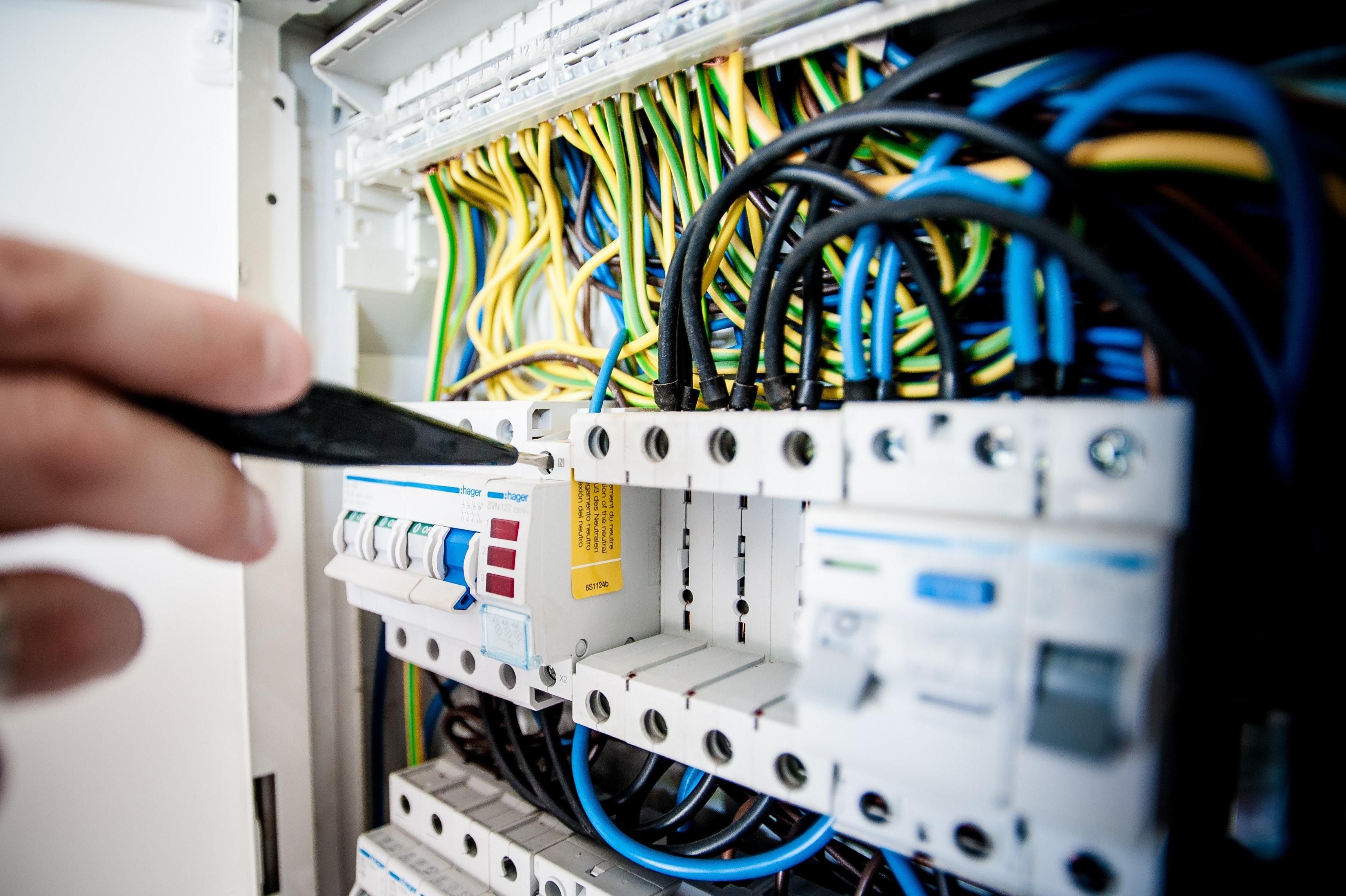 cables-close-up-computer-257736
