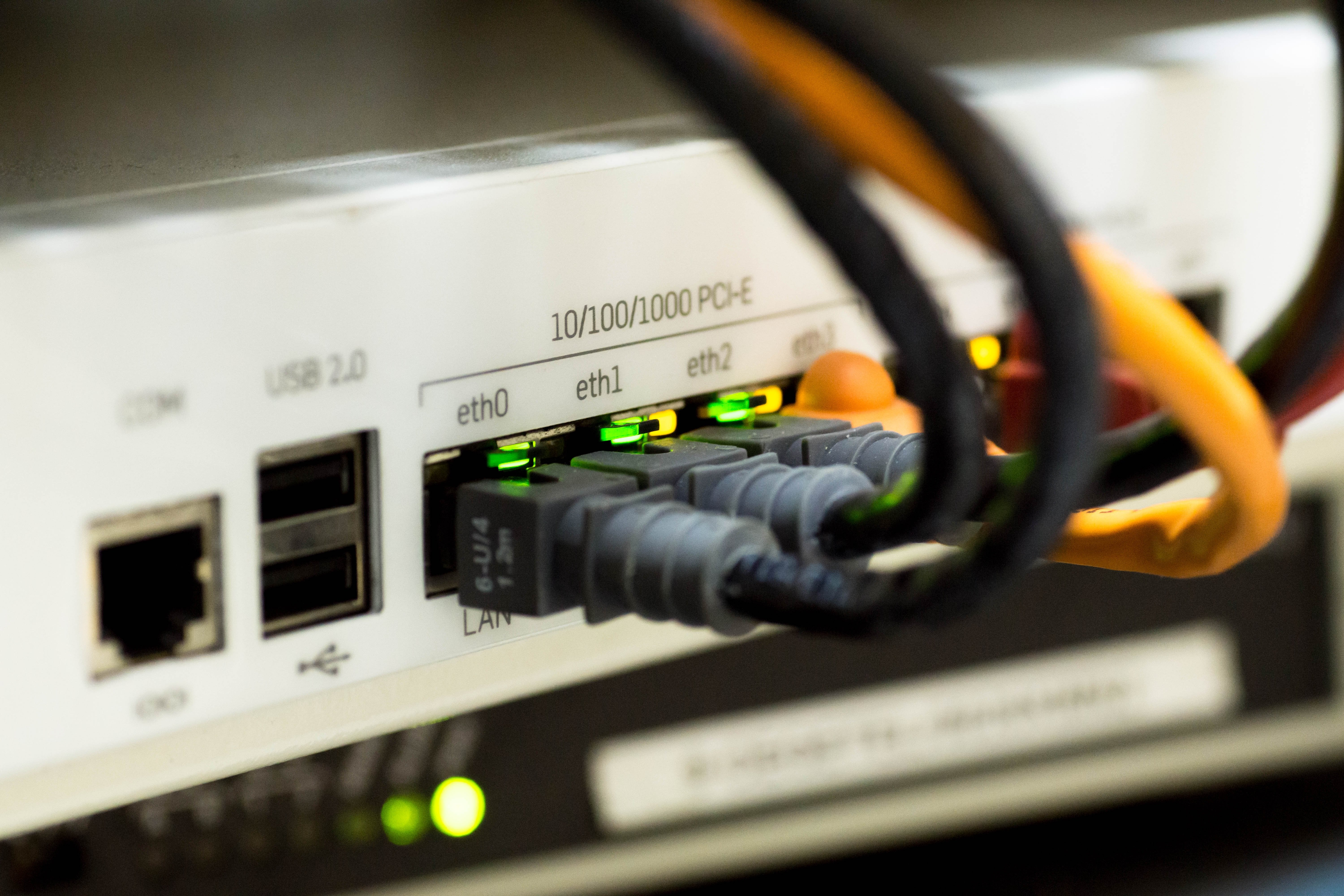 network-cable-sd-wan.jpeg